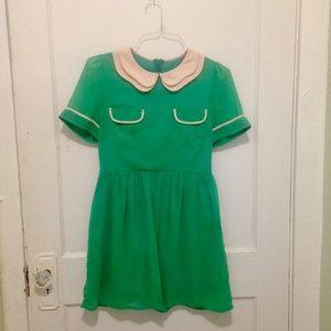 Retro Peter Pan Collar Vibrant Green Vintage Dress
